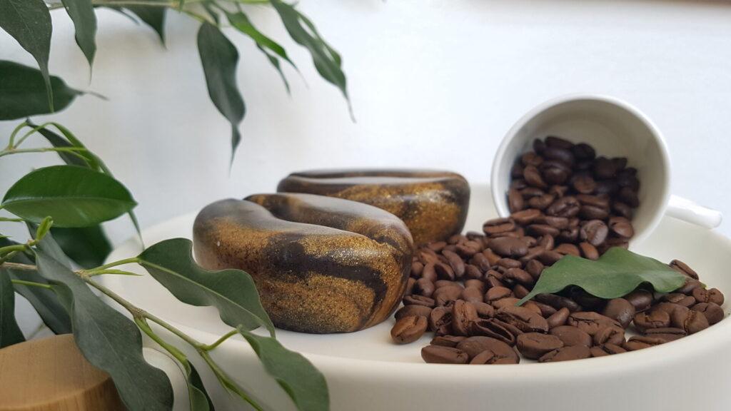 """Seifenform """"Kaffeebohne"""" - zwei Kaffee-Seifen"""